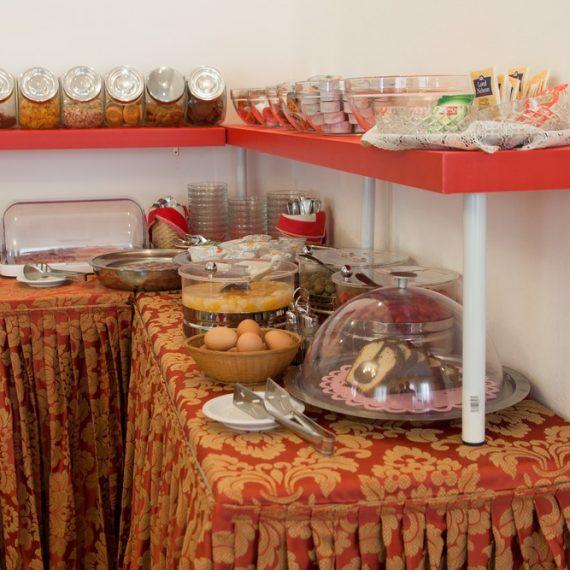 Desayuno y Restaurante
